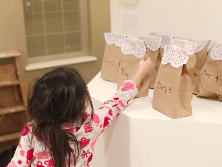 DIY | Treat Bags for the Kids When I'm Away on a Trip