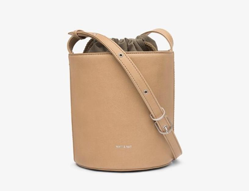 indigo matt and nat bucket bag