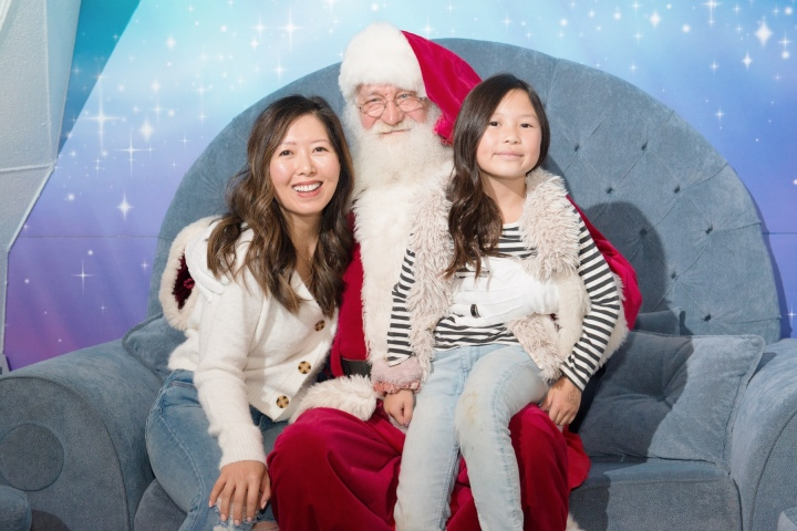 See Santa & Give Back this Holiday Season with Metropolis at MET