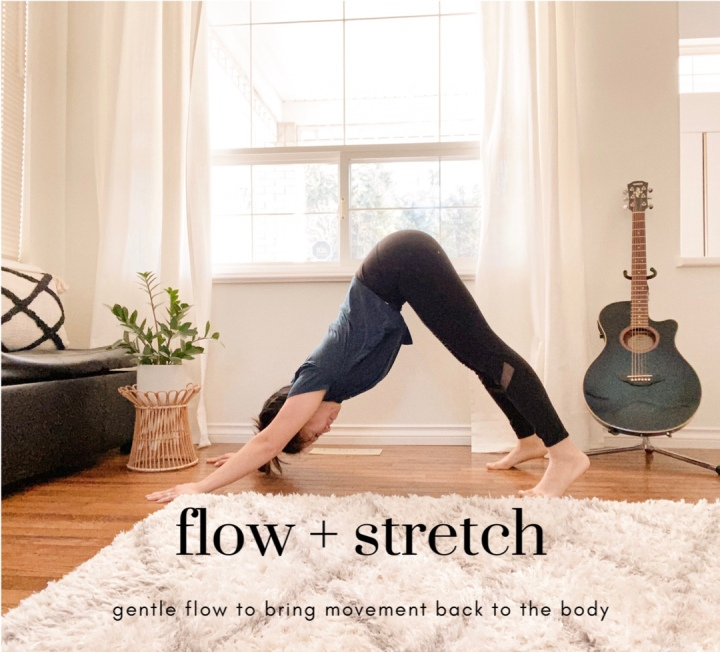 FLOW + STRETCH WITH ME! 6 MINUTE GENTLE FLOW TO BRING MOVEMENT BACK TO THEBODY